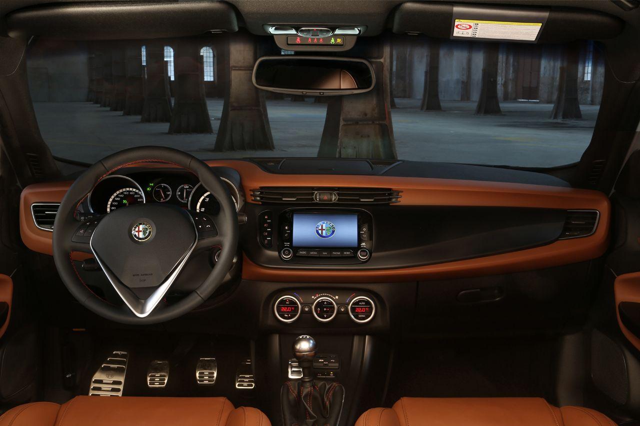 131021 AR giulietta my14 36 Νέος πετρελαιοκινητήρας 120 ίππων για την Giulietta και με τιμή από 21.370€