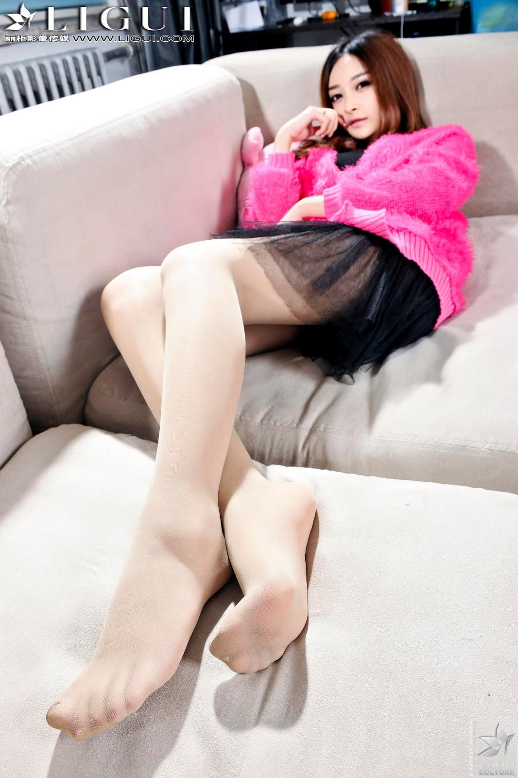 ligui pantyhose pictures nude gallery