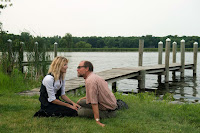 Image of Laura Dern and Woody Harrelson in Wilson (19)