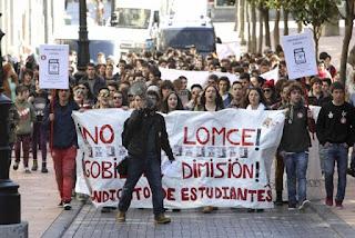 Seguimiento de hasta el 90% en institutos en la huelga educativa contra la Lomce y el 3+2