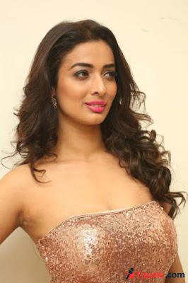 Heena Panchal New Photos VERY HOT