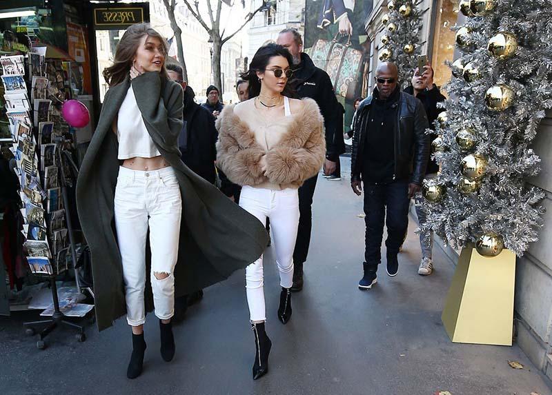 Gigi Hadid & Kendall Jenner, à Paris - 28 Novembre 2016