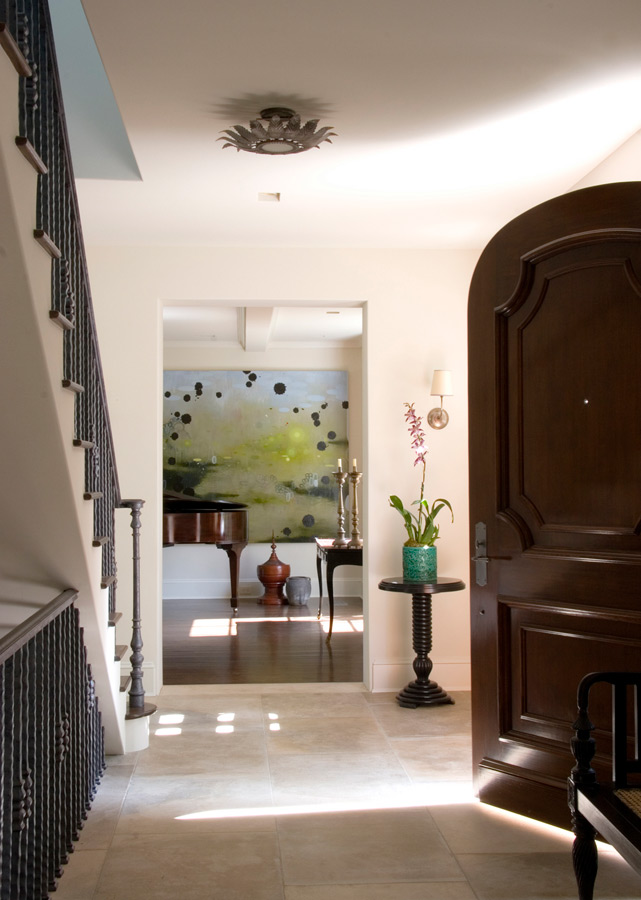 Entry foyer of a beautiful Provence style home renovated by architect William Hefner. #interiordesign #entry #Provence #Frenchcountry