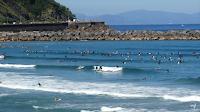 la zurriola donosti surf lleno 04