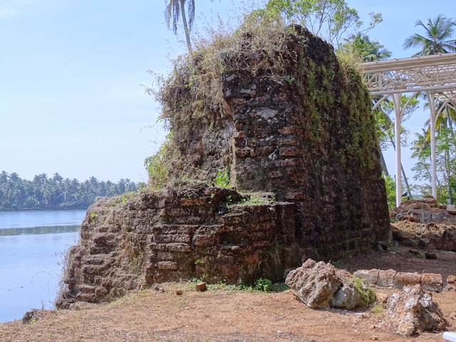 Muziris water tour - The last standing bastion of the Kodungallur Fort