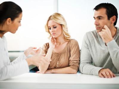 Bị bệnh trĩ chảy máu hậu môn có sao không ?