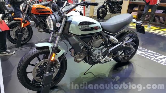 """""""Bom tấn"""" của Ducati gần về tới Việt Nam"""
