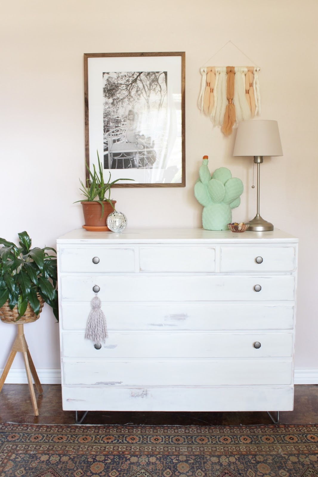 a dresser makeover with the hairpin leg company