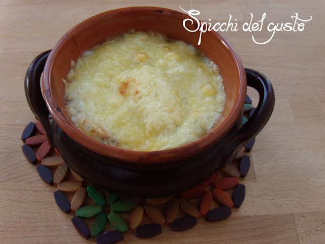 Zuppa di cipolla alla francese