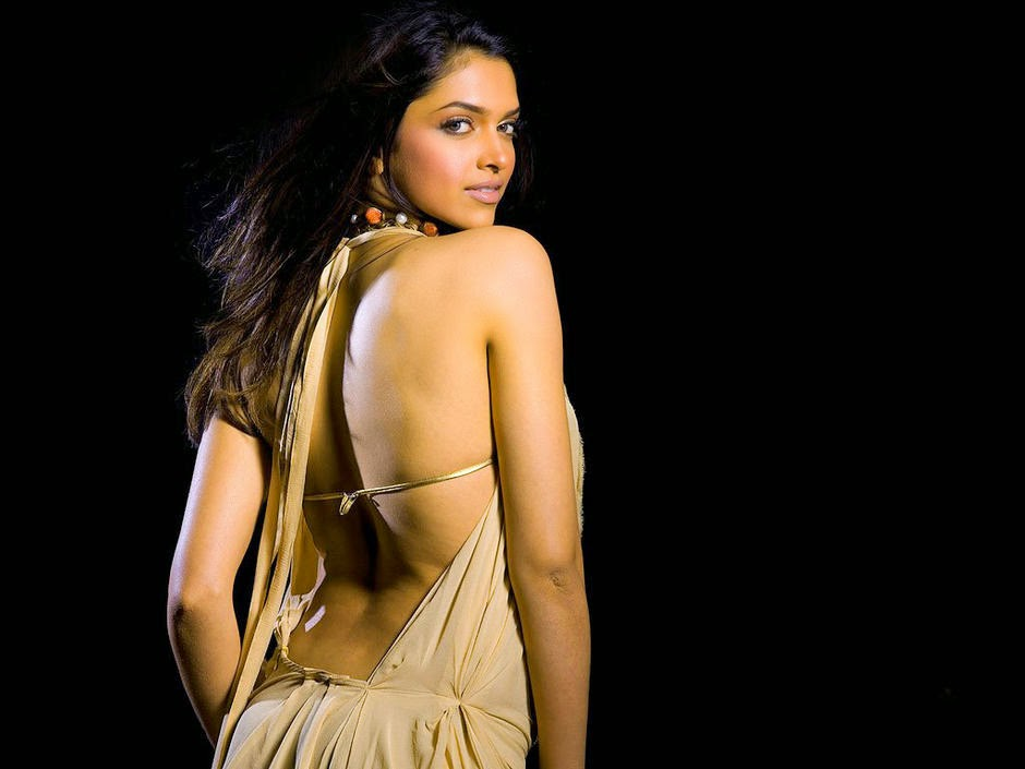 deepika padukone sexy back exposing photo 2015