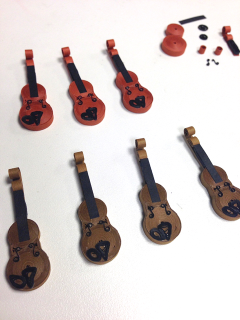 quilled violin tutorial in progress