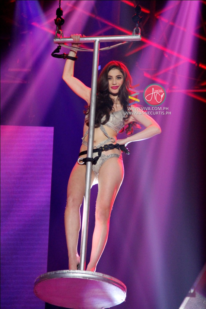 Anne Curtis - Annebisyosa Concert  Pinay Sexy Goddess-6647