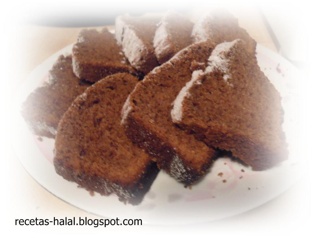 Mi rinconcillo de cocina halal: Bizcocho de chocolate.