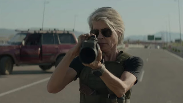 linda hamilton with a bazooka