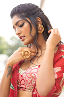 Eesha Rebba Latest Glam Photo Shoot HeyAndhra
