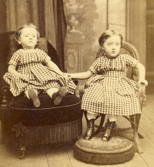 foto gadis kecil yang sudah mati
