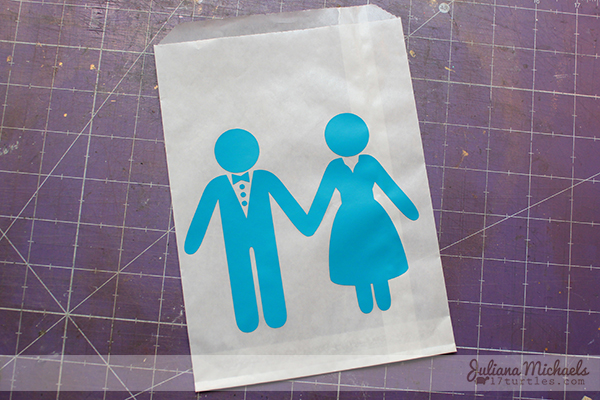 SRM Stickers Blog - Playing with Vinyl: Tutorial by Juliana - #vnyl #wedding #glassine bag #favors #tutorial