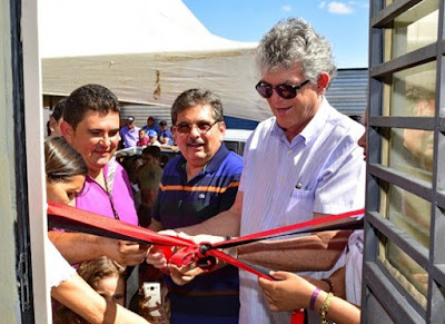 timthumb%2B%25283%2529 Célio Barbosa inaugura rodovia ao lado de Ricardo Coutinho e Adriano Galdino