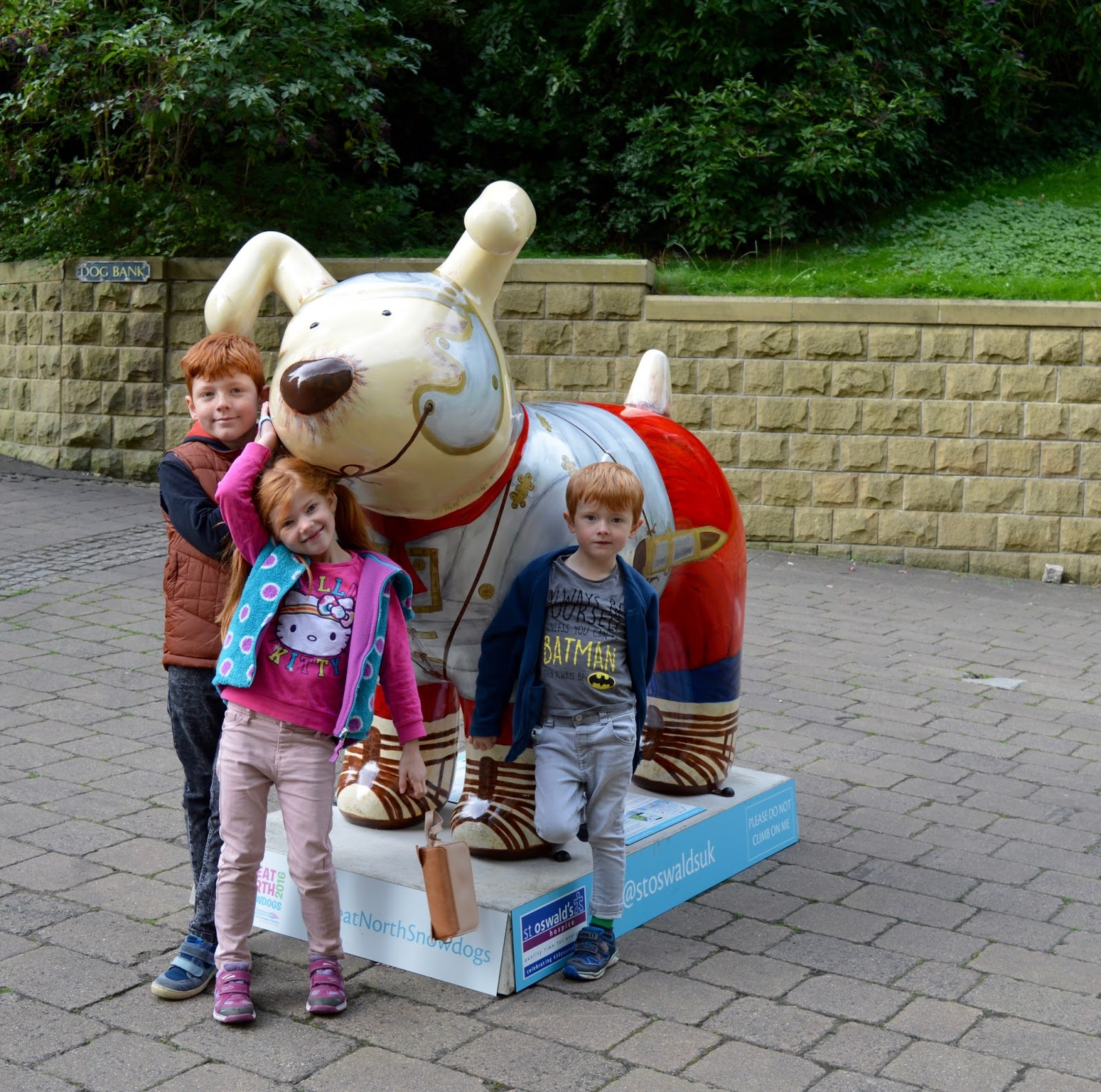 Explore the Great North Snowdogs with Tyne and Wear Metro - Hadrian's Hound, Newcastle Quayside (sponsored by Deloitte)