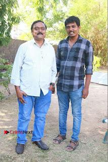 Vizhithiru Movie Press Meet Stills  0006.jpg