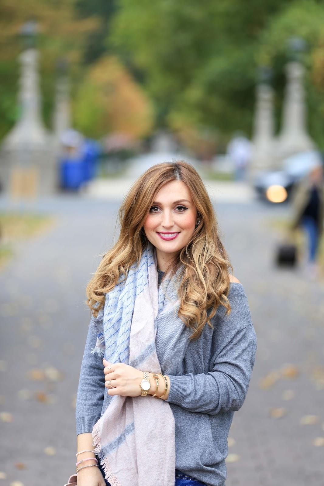 My Colloseum-Colloseum-grauer Pullover-xxl schal kombinieren-schwarze overknees-blogger aus Deutschland-deutsche Fashionblogger
