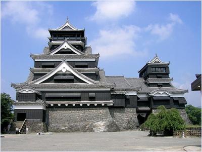 ปราสาทคุมาโมตะ (Kumamoto Castle)