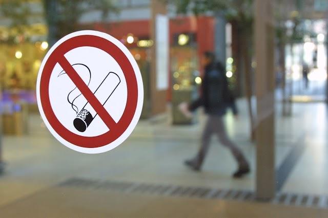 С 1 мая 2018 года в Грузии запрещается курение в общественных местах