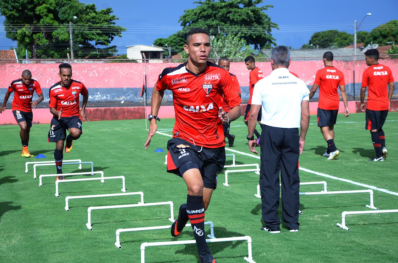 Atlético realizou o primeiro treino no Estádio Antônio Accioly ... 4e7657e7a076f