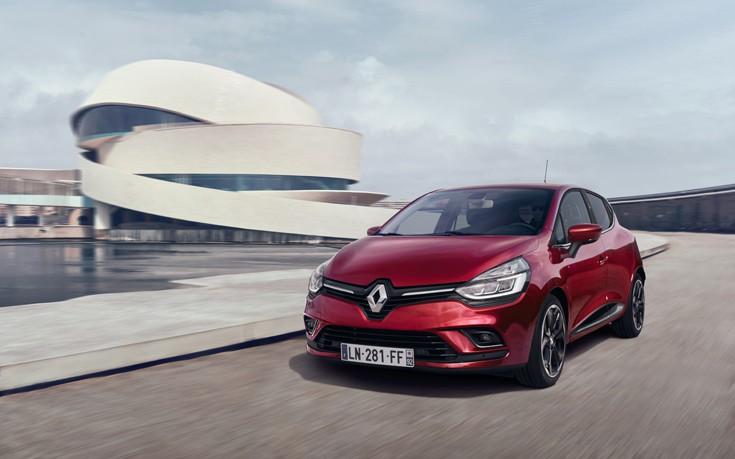Προσφορές για τα νέα Renault Clio με με προνομιακές τιμές που ξεκινούν από τα 10.990 ευρώ