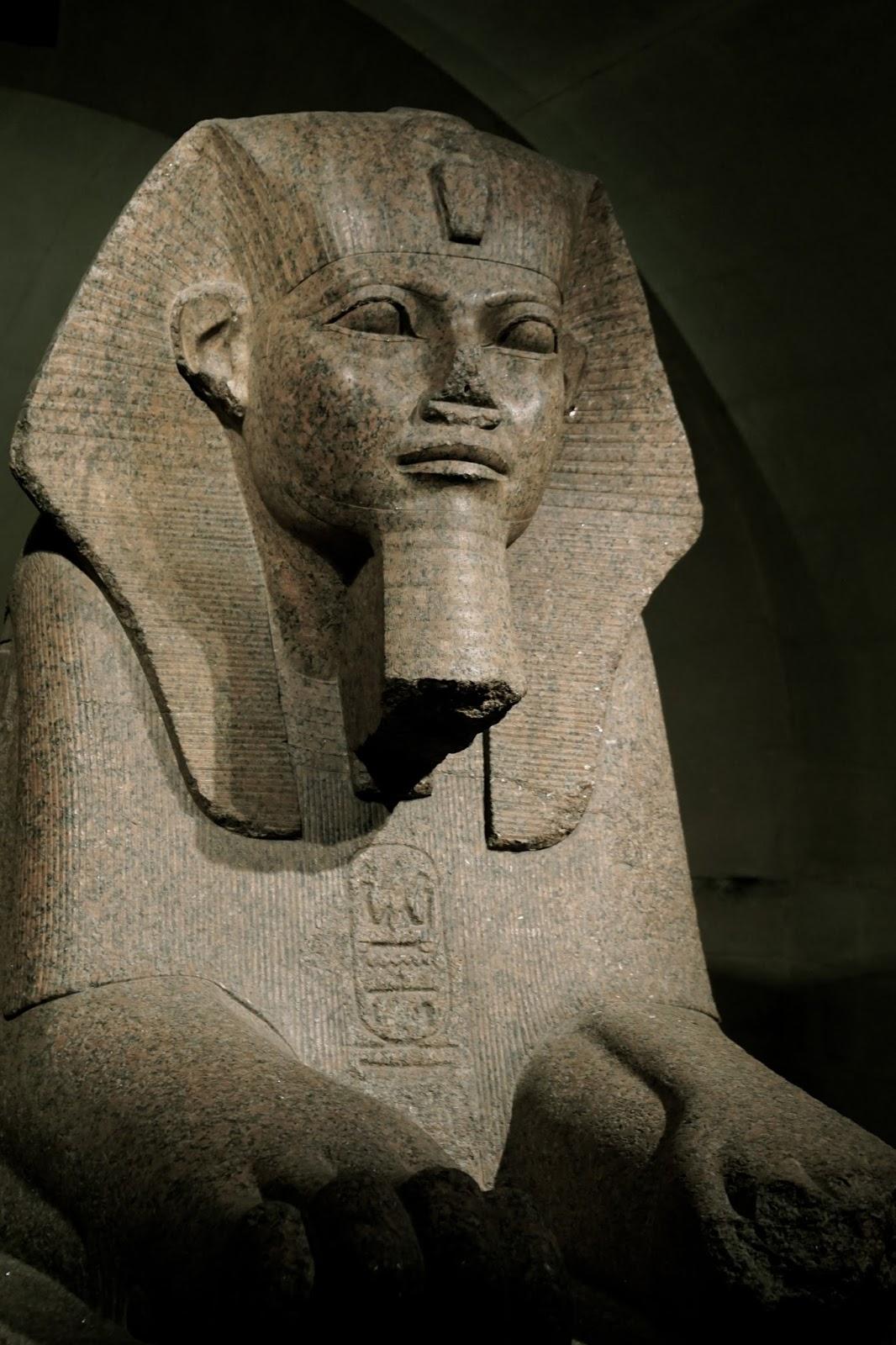 タニスの「大スフィンクス」(Grand sphinx/trouvé à Tanis)
