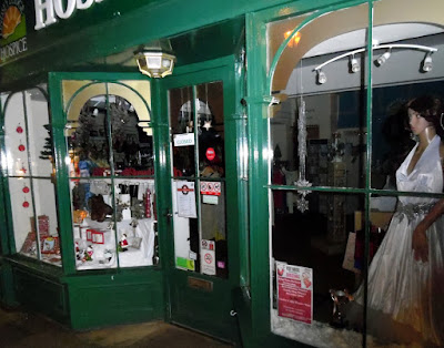 Picture: The Lindsey Lodge Hospice shop in Brigg town centre which won an award in December 2018 for its festive window display - picture on Nigel Fisher's Brigg Blog