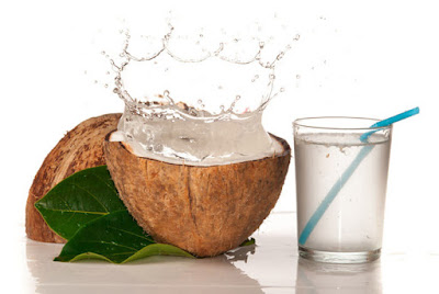 Coconut Water: 6 Incredible Health Benefits We Can Derive From It