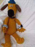 http://stana-critters-etc.blogspot.com.es/2012/07/knitting-pattern-for-bitzer-dog.html