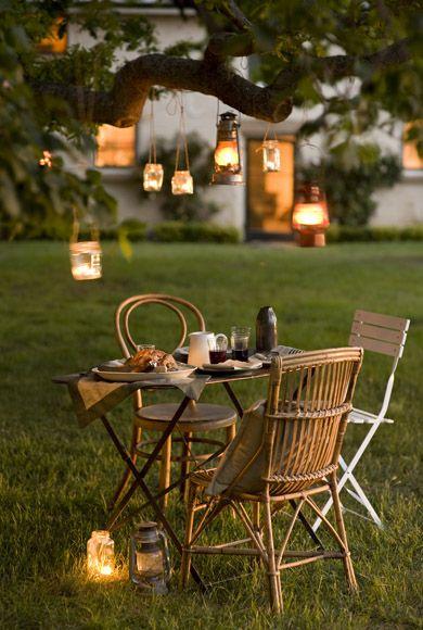 La fabrique d co jardin by night lanternes et lampions - Lanterne pour jardin ...