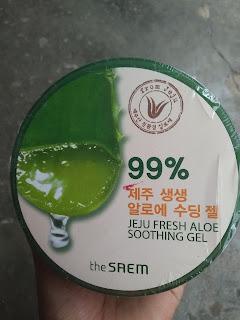 Kemasan depan the Saem Aloe Vera gel