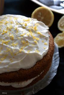 lekkie ciasto z cytrynowym kremem
