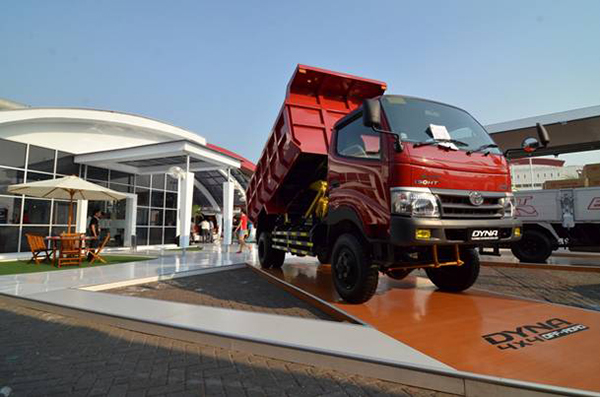 harga toyota dyna Singkil Aceh