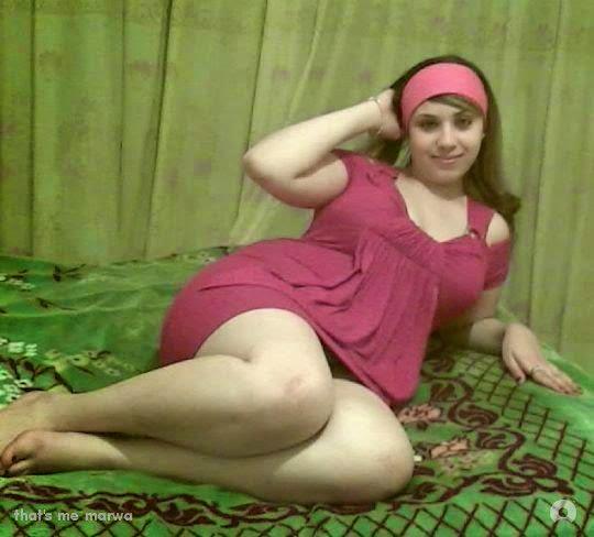 صور بنات نايمه الفيس بوك بتتصور وهي نايمه على السرير