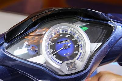 Đồng hồ hiển thị thiết kế 3D dạng số