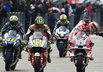 Rossi, Antara Sengaja Abaikan Perintah Tim atau Sudah Mulai Pikun?