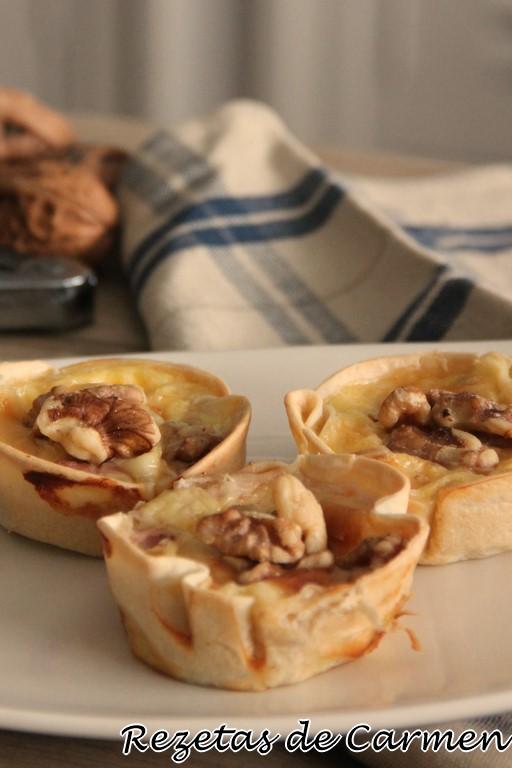 Mini quiche con gorgonzola, pera y nueces