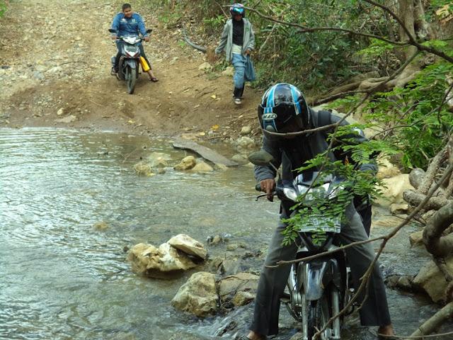 akses menuju wisata Mon Ceunong