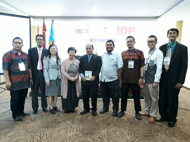 Pertama di Indonesia, 73 Penulis Lakukan Kolaborasi Akademik di Konferensi Internasional MECniT 2017 Medan