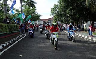 Ribuan Masyarakat Tonton Balap Motor di Komplek Pemkab Lamsel, 305 Pebalap Ambil Bagian