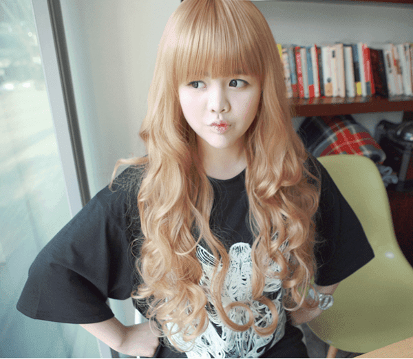 Korean Fashion Beauty Wig - Princess Alice Color Blonde Model 2