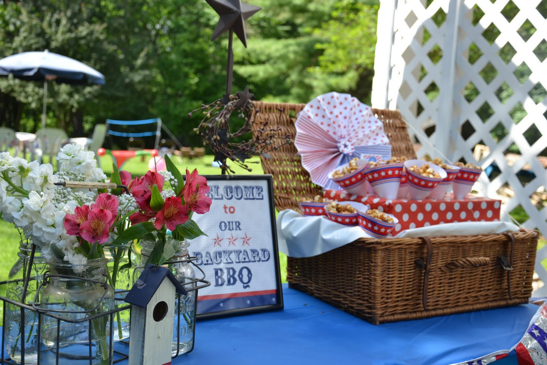 Backyard Bbq Engagement Party Ideas Memorial Day Yard Outdoors