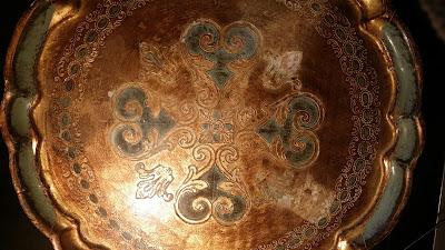 EJdesigns bakkebord og restaurering af slidt bakke
