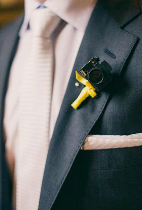 El boutonniere perfecto para los fotógrafos y amantes de la cotografía