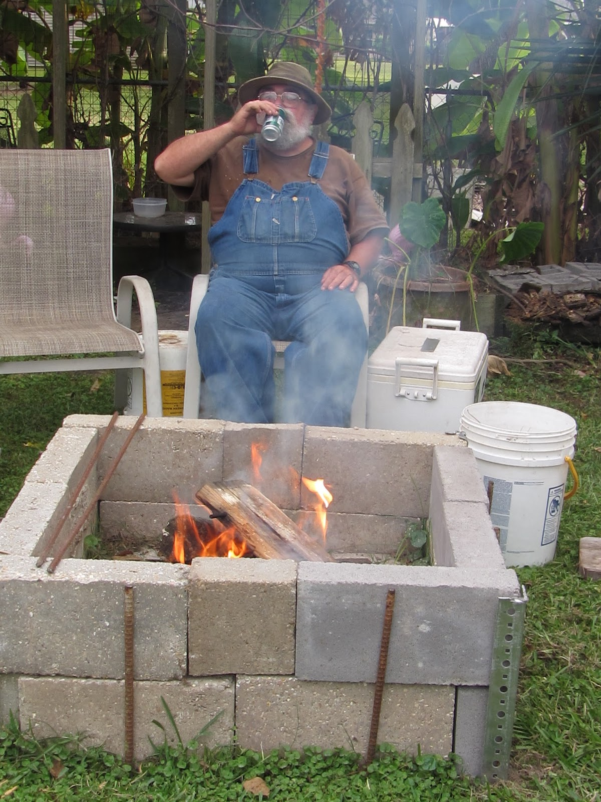 Image Result For How To Start A Fire Pit With Wooda