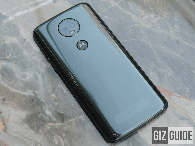 Glossy glass-like Moto E5 back